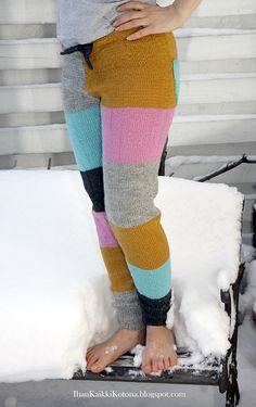 Villahousuohjetta toivottiin kovasti ... Ohje on suuntaa antava. Parhaat housut saat sovittelemalla matkan varrella - jokainen kun ... Diy Clothes Accessories, Yarn Thread, How To Purl Knit, Refashion, Colorful Leggings, Lana, Knitwear, Knit Crochet, Knitting Patterns