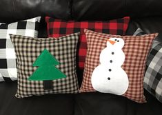 Diy Christmas, Christmas Stockings, Throw Pillows, Holiday Decor, Bed, Home Decor, Christmas Cushions, Needlepoint Christmas Stockings, Toss Pillows