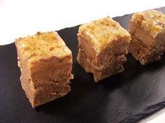 La ricetta di Luca Montersino per realizzare dei dolcetti mignon alle noci e caramello: un peccato di gola perfetto per tutti i golosi e tutte le occasioni!  http://www.alice.tv/pasticcini-biscotti/noci-caramello