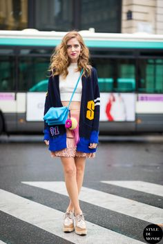 Chiara Ferragni mixes bold colors and prints for a statement street style look. Chiara Ferragni Style, The Blonde Salad, Love Fashion, Fashion Design, Fashion Spring, Street Chic, Street Fashion, Ootd, Colourful Outfits
