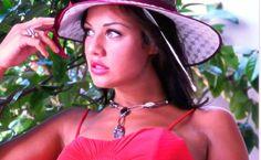 Era il 30 settembre scorso e a essere convocata nell'ambito del processo a carico di Gianpaolo Tarantini è Graziana Capone, http://tuttacronaca.wordpress.com/2013/10/11/la-testimonianza-dellangelina-jolie-di-bari-e-i-dettagli-intimi-a-processo/
