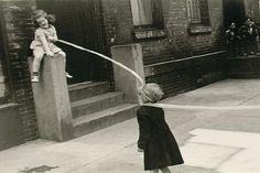Helen Levitt New York c. 1942