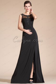 Sexy and flattering black dress in www.carlyna.com/