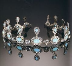 Chaumet turquoise tiara/necklace of Queen Marie Jose of Italy
