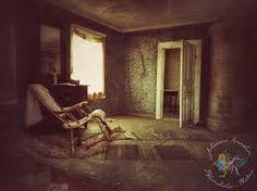 Bildergebnis für abandoned creepy houses