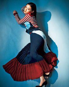数々のドラマ映画に出演する女優 #杉咲花 @hanasugisaki 彼女が着こなす RED VALENTINO @redvalentino は授賞式でも着たお気に入りブランド June issue P85 identity is. model @hanasugisaki knitskirt @redvalentino shoes @charlotte_olympia #nylonjapan #nylonjp #fashion #itbrand #redvalentino #itgirl #actress #hanasugisaki #identity #caelumjp #coordinated #coordinates #ootd #outfit #coordinate #code #instafashion via NYLON JAPAN MAGAZINE OFFICIAL INSTAGRAM - Celebrity Fashion Haute Couture Advertising Culture Beauty Editorial Photography…