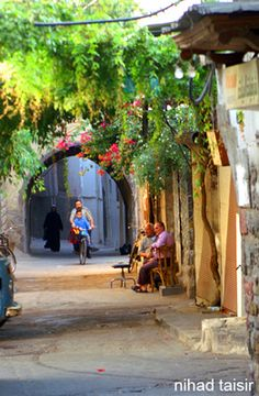 I spent a lot of time wandering the Old City of Damascus, Syria, enjoying the hospitality, the food, the history and the lifestyle. Sadly, life was not so easy for many of Syria's people, and as I post this, we are witnessing the tragic results.