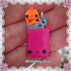 Hi guys hope you like my kawaii lighter with the tiny flame sitting on it ... Do you remember my lanthern? They are friends  #polymerclay #clay #cernit #fimo #lighter #light #accendino #fiamma #flame #fire #kawaii #supercute #superkawaii #charm #pink