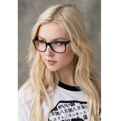 Beautiful Women Pictures, Photos Of Women, Amazing Women, Geek Glasses, Eyeglasses For Women, Womens Glasses, Vintage Fashion, Vintage Style, Eye Candy