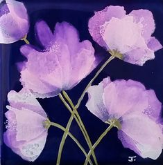 Purple Bloom Alcohol Ink on blue ceramic tile By Jewel Buhay Alcohol Ink Tiles, Alcohol Ink Glass, Alcohol Ink Crafts, Alcohol Ink Painting, Ink Link, Painting Station, India Ink, Painted Paper, Watercolor Flowers