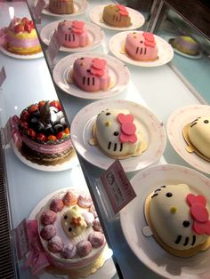 Yummy Desserts at the Hello Kitty Sweets Cafe in Taipei, China ♥