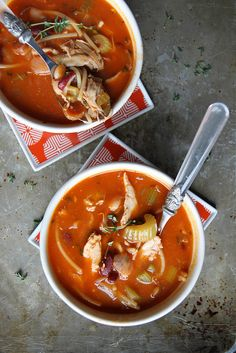 Chicken Minestrone Soup. Classic cozy winter recipe, plus chicken and pasta!