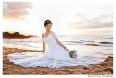 Pre-Wedding Photoshoot of this beautiful Chinese bride. It's a popular custom in China to have wedding photographs taken before the nuptials to share with guests on the big day.   #hawaii #maui #portrait   婚礼
