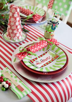 Whimsical Grinch Inspired Who liday Party. Table Runner is made from the www.SmashCakeandCo.com Party Paper line!