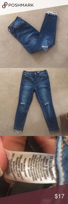 Size 12 Aeropostale high waisted crop jeggings Gently used Aero high waisted crop leggings. size 12 Aeropostale Jeans Ankle & Cropped