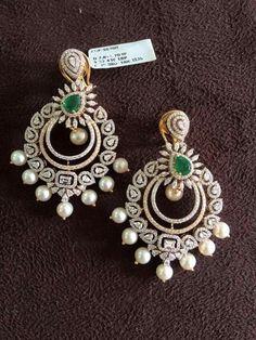 Beautiful earrings that truly are the finest quality. Bar Stud Earrings, Jewelry Design Earrings, Designer Earrings, India Jewelry, Gold Jewelry, Jewelery, Fine Jewelry, Vintage Jewelry, Diamond Jhumkas