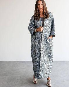 Repost @5aaa2 with @instatoolsapp ・・・ New collection by @5aaa2 CODE :K06 PRICE: 1700 AED . #subhanabayas #fashionblog #lifestyleblog #beautyblog #dubaiblogger #blogger #fashion #shoot #fashiondesigner #mydubai #dubaifashion #dubaidesigner #dresses #capes #uae #dubai #abudhabi #sharjah #ksa #kuwait #bahrain #oman #instafashion #dxb #abaya #abayas #abayablogger #абая