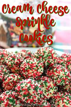 Vertical closeup title text image of cream cheese sprinkle cookies with a Christmas theme. Chocolate Marshmallow Cookies, Hot Chocolate Fudge, Chocolate Chip Shortbread Cookies, Toffee Cookies, Spice Cookies, Yummy Cookies, Cheese Cookies, New Year's Desserts, Winter Desserts