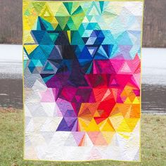 If I ever made a quilt I'd want it to look like this. Alison Glass fabric.