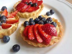 VÍKENDOVÉ PEČENÍ s Milou: Ovocné tartaletky s krémem patisserie