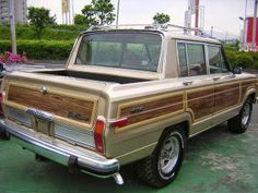 Custom Jeep Grand #Wagoneer converted to a short bed pickup.
