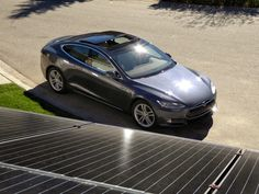 Tesla-SolarCity Success Depends on Battery Technology That Doesn't Yet Exist Tesla Ceo, Tesla Owner, Electric Utility, Electric Cars, Solar Battery, Lead Acid Battery, Golf Cart Batteries, Motorcycle Photography, Solar Panels For Home