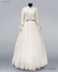 TESETTÜR GELİNLİK MODELLERİ | Fatma Sevildi Modaevi - Tesettür Gelinlik Ve Abiye Modelleri Muslimah Wedding Dress, Modest Wedding Gowns, Muslim Wedding Dresses, White Wedding Dresses, Wedding Party Dresses, Bridal Dresses, Gawn Dress, Pretty Dresses, Beautiful Dresses