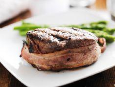 Egy finom Baconbe tekert marhasült spárgával ebédre vagy vacsorára? Baconbe tekert marhasült spárgával Receptek a Mindmegette.hu Recept gyűjteményében!