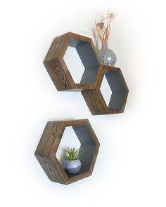 Wood Shelves -  Wall Shelving - Geometric Hexagon Shelves - Honeycomb Shelves - Modern Eco Friendly Home Decor - Set of 3 Small Shelves par HaaseHandcraft sur Etsy https://www.etsy.com/fr/listing/125927274/wood-shelves-wall-shelving-geometric