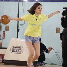 3/ 28(火)18:00〜、CSフジONE 出るってよ。あさひ☆真顔😂  #朝日奈央 #ガールズチャンピオンボウリング #ボウリング #メンテナンス #idoling #アイドリング !!!