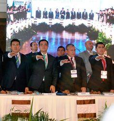 Rinde protesta Adolfo Escobar como delegado de la CONAMM en Tlaxcala     *Se reúnen líderes de las principales fuerzas políticas del país.