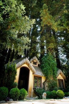 Los Gatos, California....  my daughter was married in this hamlet.....  what a joyful day that was.