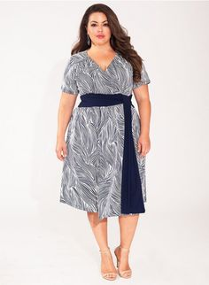 Ryna Plus Size Dress in Indigo Wave Trendy Curvy | Plus Size Fashion | Fashionista | Shop online at www.curvaliciousclothes.com TAKE 15% OFF Use code: SVE15 at checkout
