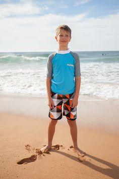 Lunghi fin sotto al ginocchio, per un look da vero surfista!