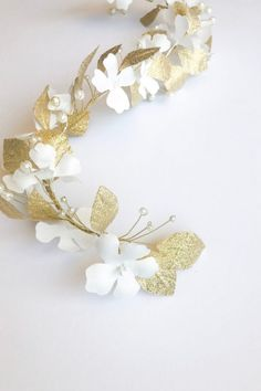 Ethel hair vine is made with hand crafted white satin flowers and gold lamé leaves and imitation pearls. The vine is flexible and can be pinned to your bridal hairdo. Bridal Hairdo, Headpiece Wedding, Bridal Headpieces, Veil Hairstyles, Wedding Hairstyles With Veil, Wedding Hair Extensions, Extensions Hair, Bridesmaid Hair, Bridesmaids