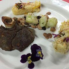 Almuerzo by @isacpanama_  CHEF Y ROLLER ... COMBINACIÓN PERFECTA  Quieres #SerChef ?? Carreras Sabatinas 100% practicas  Reconocidas por MEDUCA Chateanos al 6967-9673  #Panama #escueladecocina #gourmet #cook #truecooks #cheflife #food #instachef #chefart #theartofplating #gastroart #gastronomía #chefoninstagram #foodies #foodporn #foodstarz #chefstalk #gourmetartistry by rollerbladerspanama