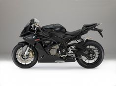 The 2015 BMW S1000RR in black