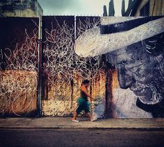 the french street artist, photographer and TED prize winner has collaborated with the NYC-based artist (josé parla) to create a new installation for havana, cuba to celebrate the city's elderly residents through public art. 3d Street Art, Street Mural, Urban Street Art, Amazing Street Art, Best Street Art, Street Art Graffiti, Street Artists, Urbane Kunst, Cuban Art