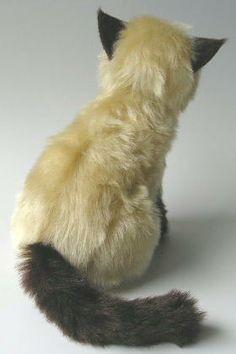 DIY Ragdoll Kitten Plushie - FREE Pattern and Tutorial