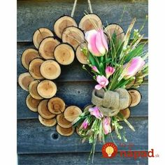 Awesome Diy Decoration Wood Slice Trending Decorating Inspirations IdeasAwesome Diy Decoration Wood Slice Awesome Diy Decoration Wood SliceBy Posted on June 2018 Wooden Decor, Wooden Crafts, Easy Woodworking Projects, Wood Projects, Woodworking Patterns, Woodworking Workshop, Wood Slice Crafts, Wooden Wreaths, Deco Originale