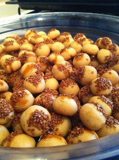 Mutfakkolik: Susamlı Minik Kurabiye
