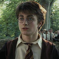 Harry James Potter, Daniel Radcliffe Harry Potter, Mundo Harry Potter, Harry Potter Icons, Harry Potter Draco Malfoy, Harry Potter Tumblr, Harry Potter Pictures, Harry Potter Aesthetic, Harry Potter Cast