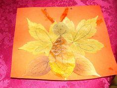Papillon avec des feuilles d'automne