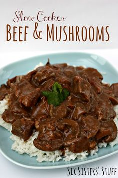 Slow Cooker Beef and Mushrooms {Freezer Meal} crockpot 3 lbs. stew meat, 1 can cream of mushroom, 2 cans of mushrooms with liquid, cup apple juice, 1 pkg. Cook on low in crockpot for 10 hours or high for Serve over rice. Slow Cooker Freezer Meals, Healthy Freezer Meals, Crockpot Dishes, Crock Pot Slow Cooker, Crock Pot Cooking, Beef Dishes, Slow Cooker Recipes, Crockpot Recipes, Cooking Recipes