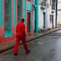 #cuba #havana #america #travel #people #painting #old #city #streetphotographer #streetphotography #wallpainting #bestphoto #bestoftheday