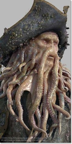 - Équipage Kraken - Davy Jones (Pirates of the Caribbean played by Bill Nighy Caribbean Tattoo, Deco Pirate, Arte Dc Comics, Flying Dutchman, Pirate Halloween, Pirate Life, Pirates Of The Caribbean, Special Effects, Creature Design