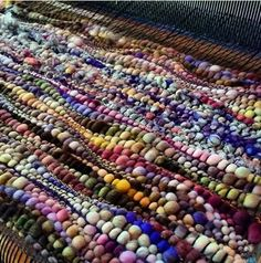 Thick & thin yarn weaves up pretty cool, eh?