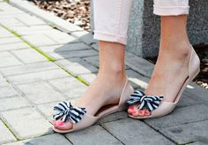Lovin shoes with bows