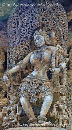 Salabhanjika or Shalabhajika Sculpture (sculpture of a woman, displaying stylized feminine features), Chennakesava Temple, Belur, Karnataka