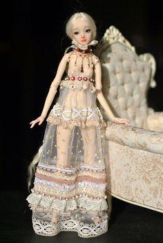 The Enchanted Doll-resin ball jointed doll by Marina Bychkova. Fairy Dolls, Bjd Dolls, Beautiful Dolls, Beautiful Outfits, Gorgeous Dress, Big Eyes Artist, Marina Bychkova, Enchanted Doll, My Doll House